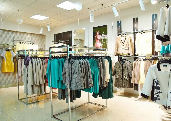 Как правильно открывать магазин одежды