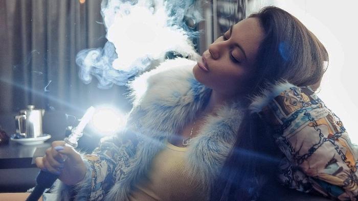 Курение в кальянной