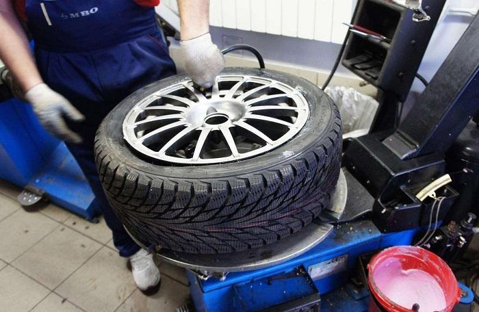 Специальная смазка при смене колес