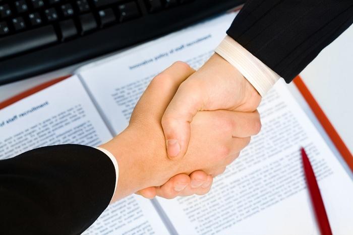 Кто может стать клиентом физического лица?