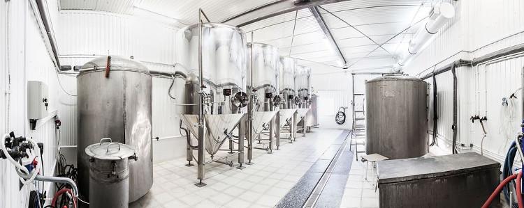 Пример оборудования для пивоварения.