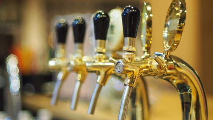 Краны для живого пива.