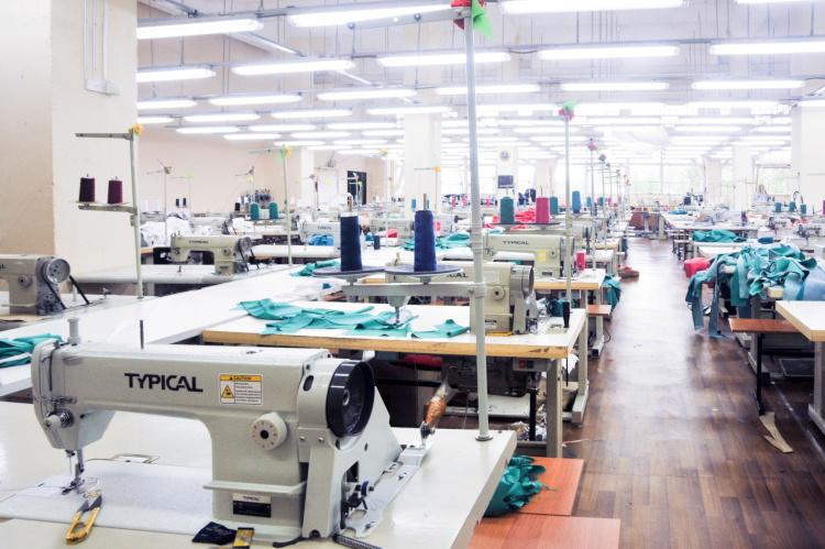 Выбираем ткани для бизнеса: на что обратить внимание при заказе оптом