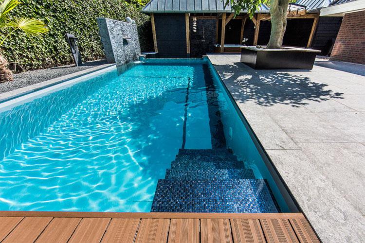 Бассейн из монолитного бетона
