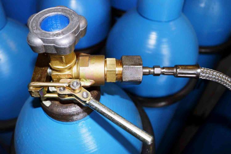 Баллон с газом с кислородом