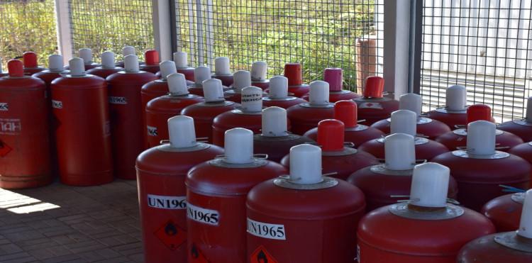 Газовые баллоны с пропаном