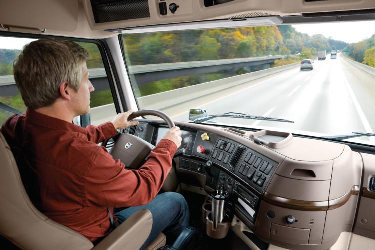 Обязанности водителя грузового автомобиля
