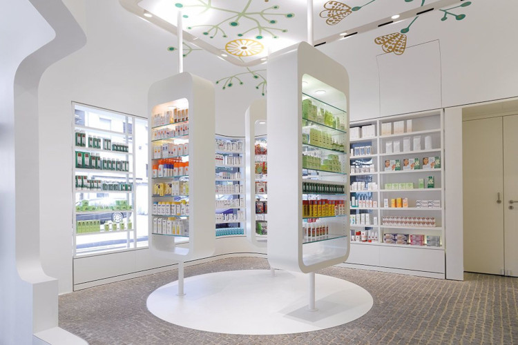 Красивый интерьер аптеки