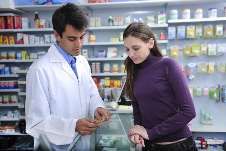 Обслуживание покупателя в аптеке