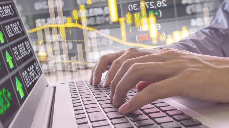 Как зарабатывать деньги на акциях в интернете